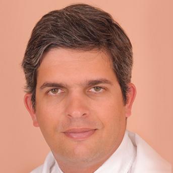 Dr. André B. Castelo Branco