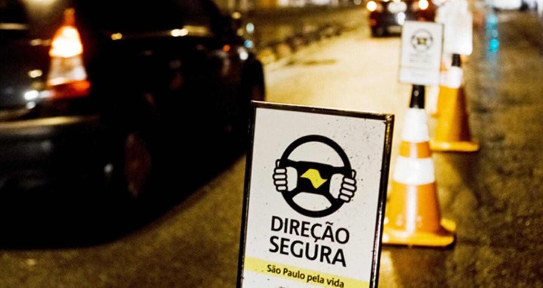 CUIDADO COM A SAÚDE DOS OLHOS GARANTE DIREÇÃO SEGURA